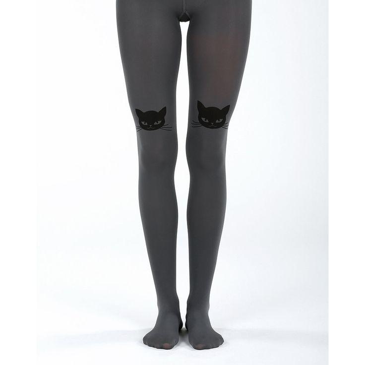 Virivee. Leuke grijze panty met een print van twee zwarte kattenhoofden boven de knieën. Het materiaal is super zacht en stretchy. De panty is met de hand geprint en 50 denier.