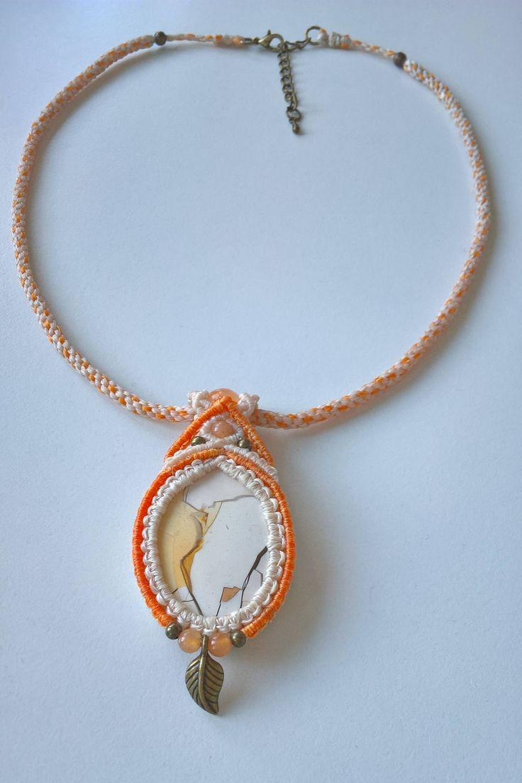 Halskette mit Mookait Brekzie, Achat und Aventurin, orange und creme, Kette mit Anhänger