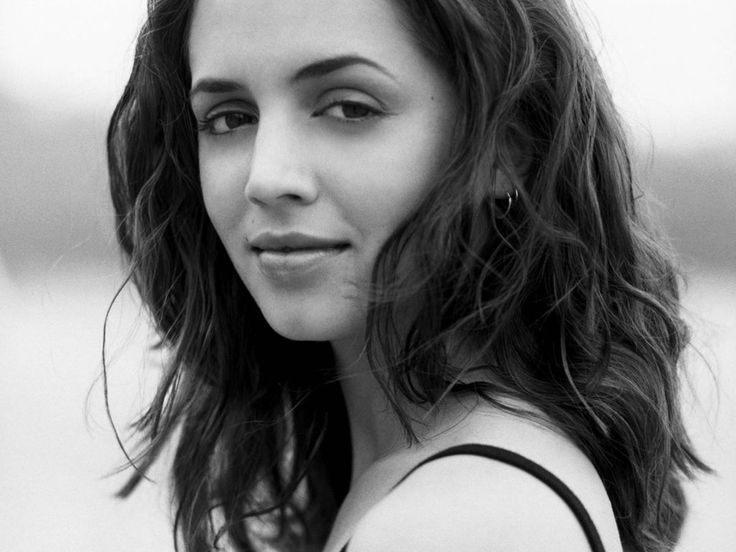 Eliza Dushku- loved her as Faith (buffy) and Echo (dollhouse)