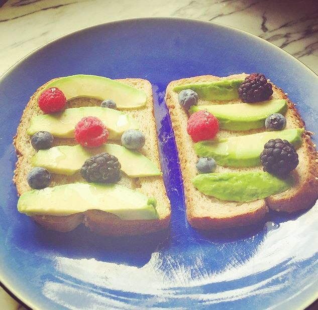 Quick, easy and healthy breakfast. Since I didn't put any spread on, I used some delicious light Agave over everything! #healthy #healthybreakfast #breakfast #cleanandcheap