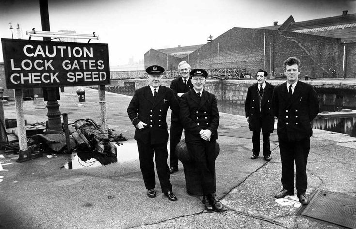 The last watch at the Brunswick Dock, (left to right), acting dockmaster Alec Broadbent, gatemen Bob Bennett, Cyril Vine, Charles Goldson and Geoff Dawson. 3rd January 1975.