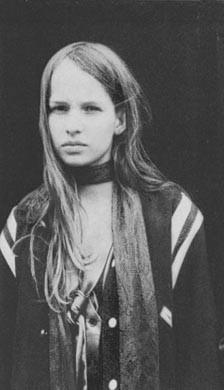 Christiane F (Natja Brunckhorst)