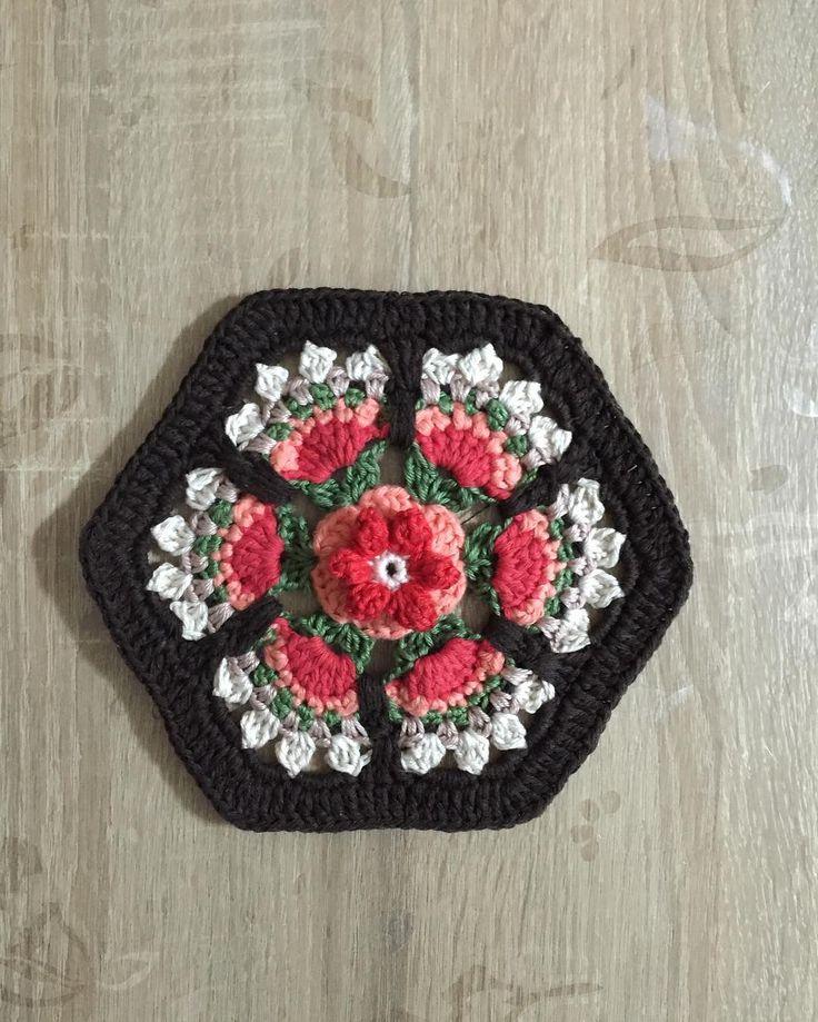 - Frida's Flowers Blanket CAL 2016 ... Variation ...