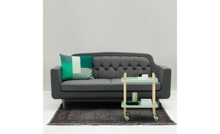 What a cute and welcoming little sofa