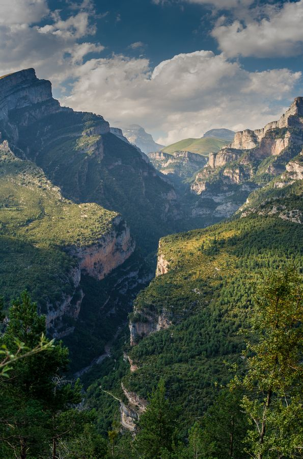 Añisclo Valley, one of the most impressive and less used entrances to Ordesa National Park. Aragon, Spanish Pyrenees.