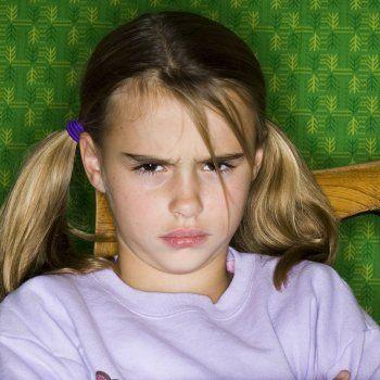Qué es el síndrome negativista desafiante en los niños.