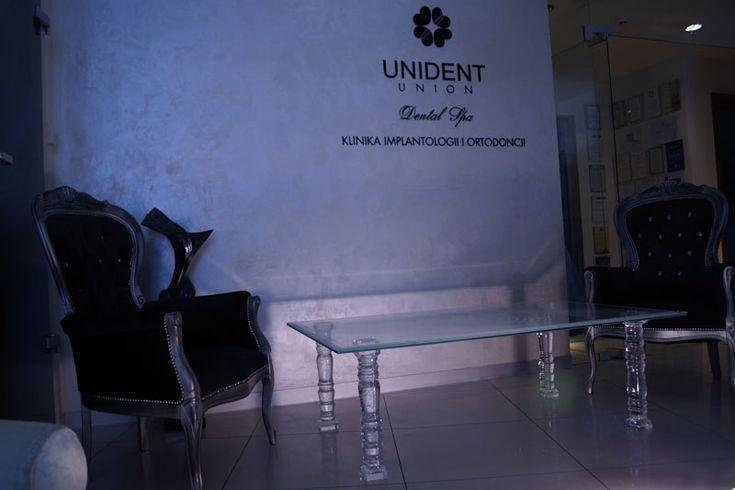 TABLE EN VERRE TB-02 | SZKLO-LUX Jaroslaw Fronczak - SZKLO - LUX Jaroslaw Fronczak | Gravure laser 3D à l'intérieur du verre