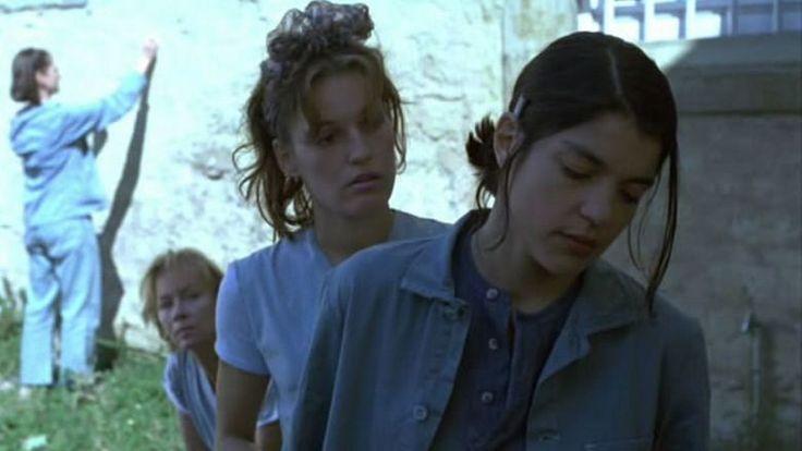 "Nicolette Krebitz, Jasmina Tabatabai in ""Bandits"" (Katja von Garnier 1997)"