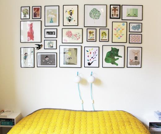 Xo Ein Ding: Billedvæg og et næsten færdigt soveværelse