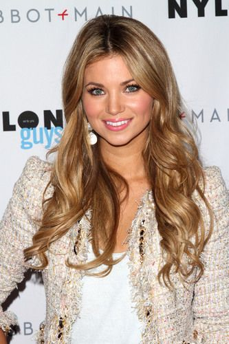 Amber Lancaster in McGINN tweed jacket #Chanel on a budget