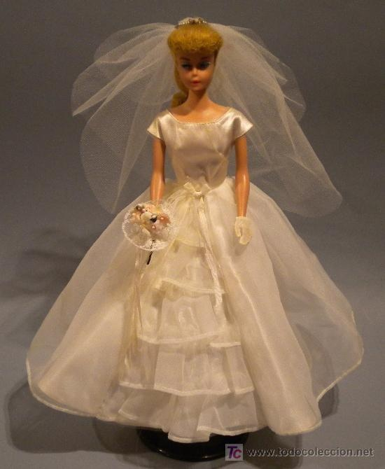 VINTAGE BARBIE DOLL 1959 to 1960 I had my mother's old doll, very much like this one.