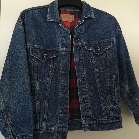 Levi denim jacket Levi denim jacket with plaid lining. Size L. Make me an offer!! Levi's Jackets & Coats Jean Jackets