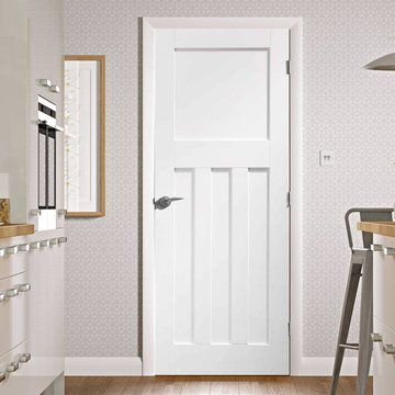 A panelled white primed door in the Internal Door Range. A classic 1930s design with flat panels. #1930doors #whitedoors