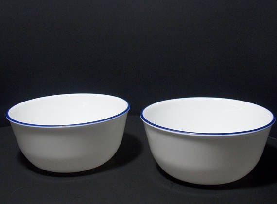 Corelle Serving Bowls 3 1 2 Cup White Bowls With Dark Blue White Bowls Corelle Dishes Bowl