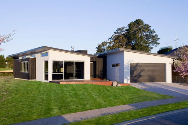 Architecture Design, House Share Veranda As Green Garden Garage Cottage Garden Plans: Calley Building Show House Share by Creative Space Arc...
