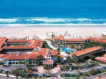 Embassy Suites Mandalay Beach Resort in Oxnard California. The closest you will get to Hawaii in California... Cooked to order breakfast each day and really nice rooms! http://www.AmericasMall.com