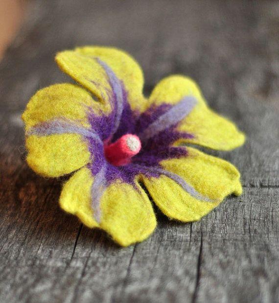 CYTRYNELLA  felted brooch  hand made  flower by dagmarabuczek