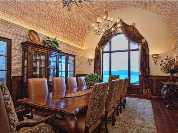 Tuscan Style Formal Dining With Barrel Ceiling