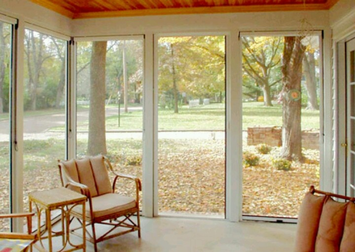 31 best images about enclosed deck ideas on pinterest for Screen porch window treatments