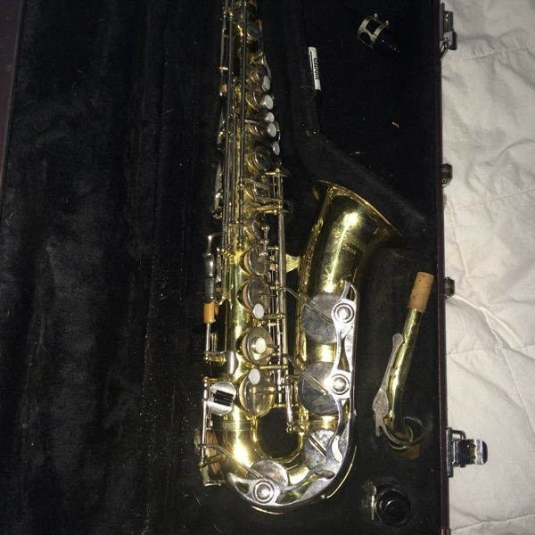For Sale: Yamaha Alto Saxophone for $300