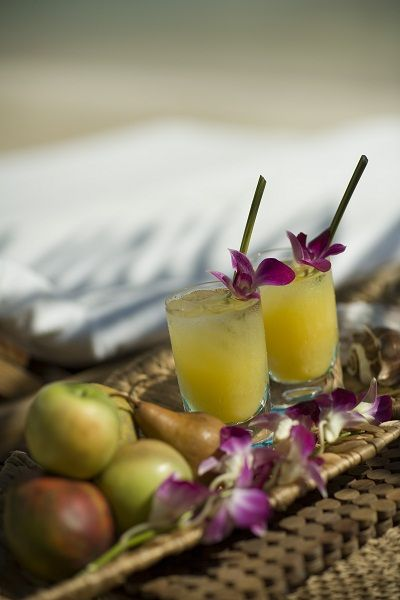Create Your Own Signature Wedding Cocktail - Sandals Wedding Blog