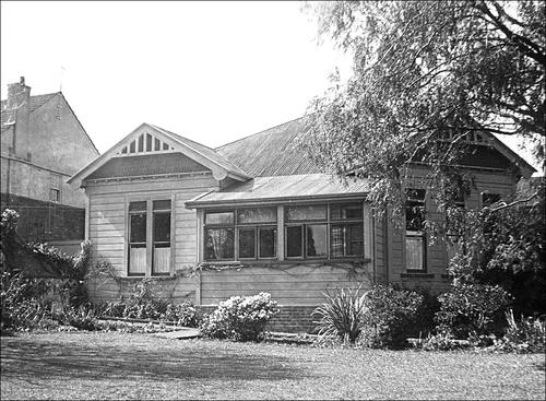 Dormitory NZ Friends School 1948