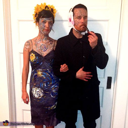 van gogh and his masterpiece couples costume unique couples costumescreative couple costumeshalloween - Famous Duos Halloween