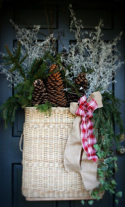 Prim Christmas Door Basket. & 33 best DOOR BASKETS images on Pinterest | Front doors Entrance ...