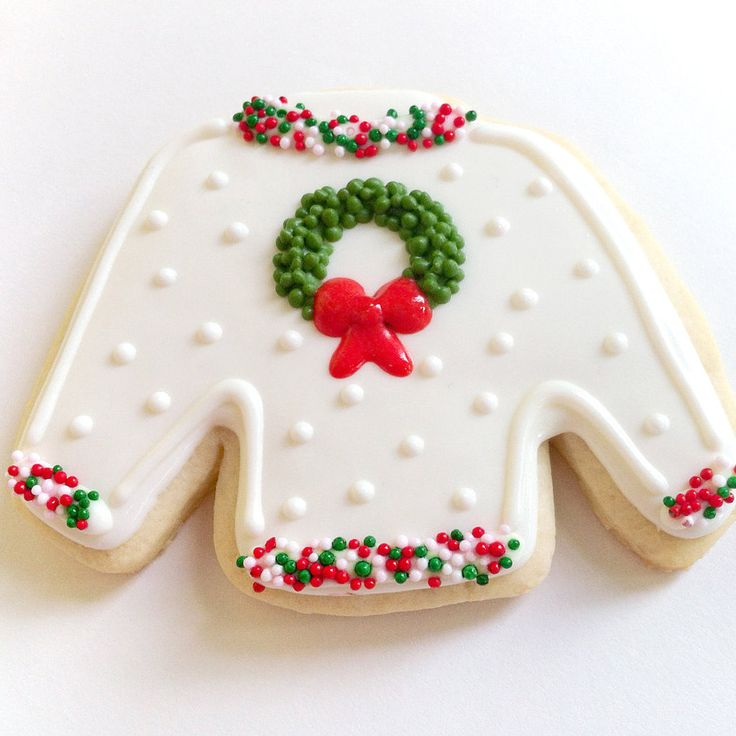 A Guide to Making the Cutest Ugly Christmas Sweater Cookies: Arguably the most fun part of Christmas parties is pulling out your beloved ugly Christmas sweaters.