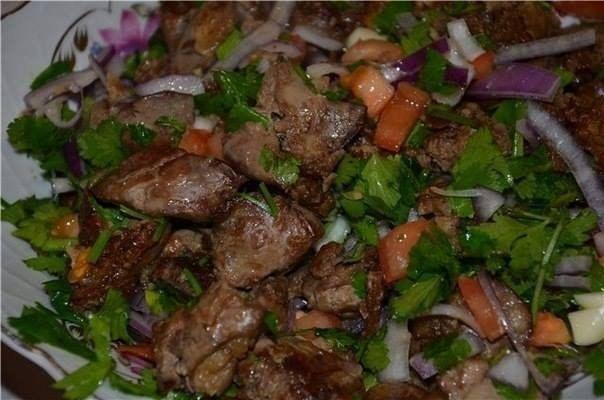 Теплый салат из баклажан фото