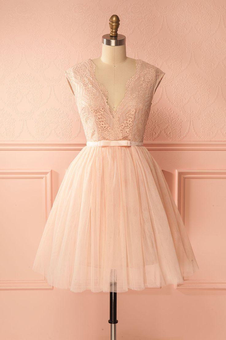 Pale pink lace tea party dress with tulle skirt - Robe de soirée rose pâle en dentelle et tulle