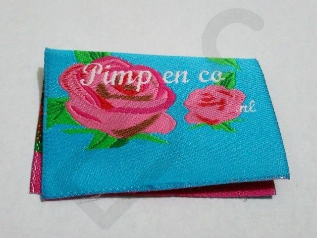 Woven Damask | Label Services