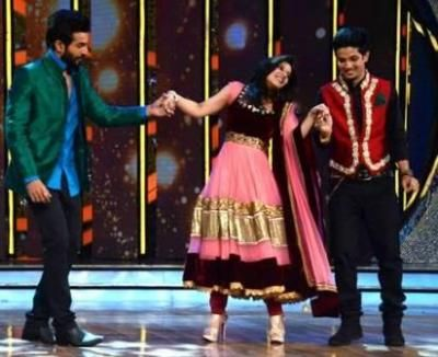 Sharing an amazing chemistry with show host Ishita Sharma,  Master Mudassar seems to be on cloud 9 these days…
