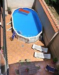 Casa rural Alonso Quijano Argamasilla de Alba,Ciudad Real La piscina un poco cutre pero de las más baratas