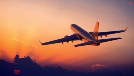 Coliziune între două avioane: Un pilot a murit, iar altul este în stare gravă