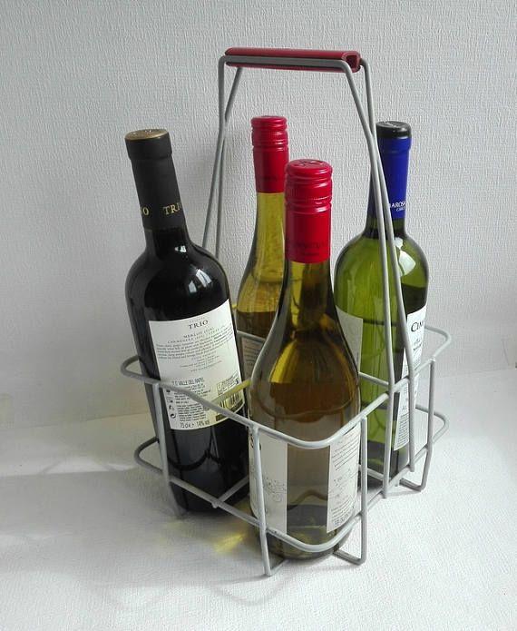 Vintage metal Wire Bidon Krat, vier flessen, gemaakt door TOMADO, Holland, fles houder, metalen draad, rood bakeliet handvat, 1950
