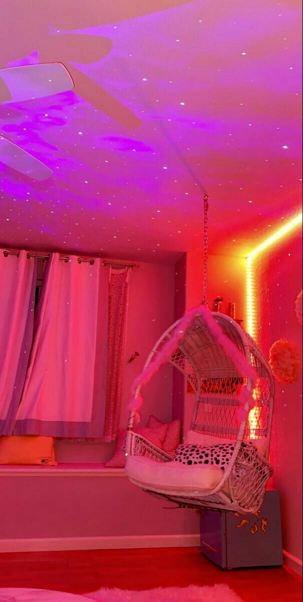 V A I N I L L A In 2020 Dreamy Room Chill Room Neon Room #neon #lights #living #room