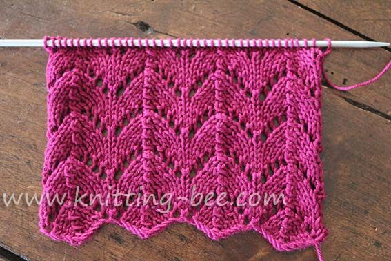 Free Horseshoe Lace knitting stitch pattern. A gorgeous lace that originates from the Shetland Islands in the nineteenth century, when gossamer lace was in fashion.