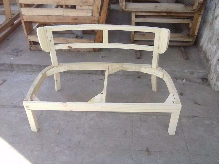 Mejores 2485 im genes de muebles puf camas y copete en for Manual para hacer muebles