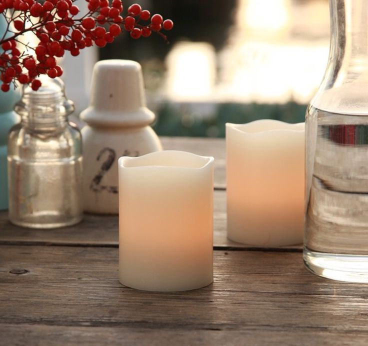 Outdoor entertaining is perfect with Real Safe Candles #realsafecandles #flamelesscandles #outdoorentertaining #giftideas #weddingcentrepieces