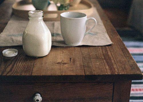 fresh milk, wood table