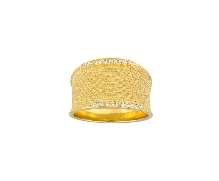 gold handmade ring in 14K