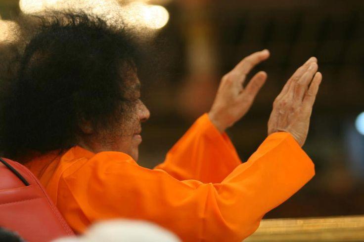 Swami's Grace forever on us.. Discourse of Bhagawan, Prashanthi Nilayam, 25 January 1963
