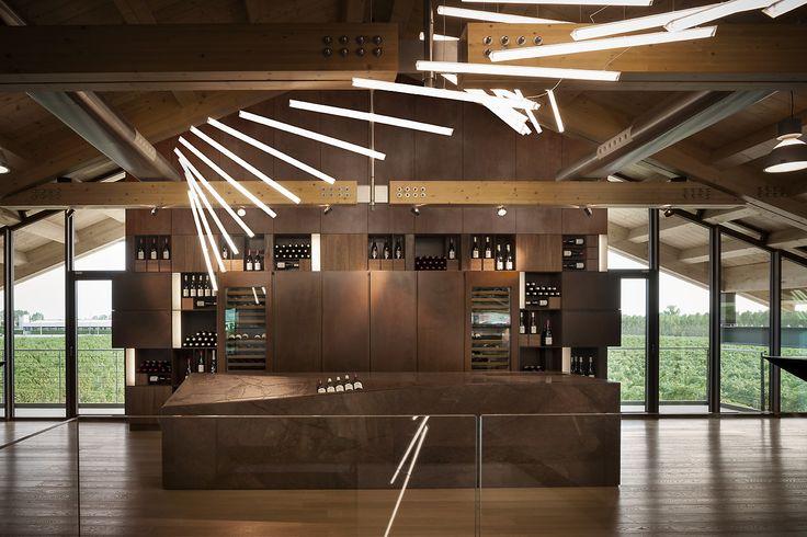 Sala Degustazione Vino Cantina Le Monde photo auber.it