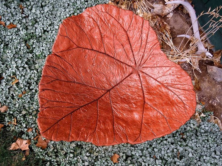 Concrete leaf birdbath , Copper colored bird bath, Yard art, Patio decor, One of a kind concrete bird bath/ feeder by LindasYardArt on Etsy