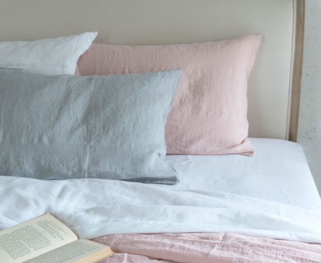 cotton or linen bed bundle (need to check our bed size)
