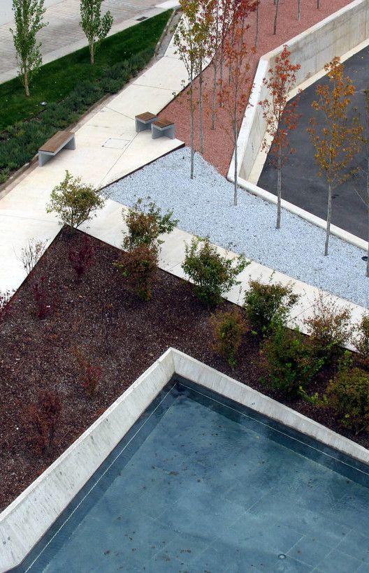 Jardines del Museo Würth La Rioja, en Agoncillo, Logroño/ dom-arquitectura