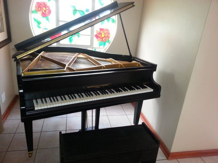 SA Piano seller, restorer and tuner. Piano Magic helps you with all your piano needs.  http://pianomagic.co.za,