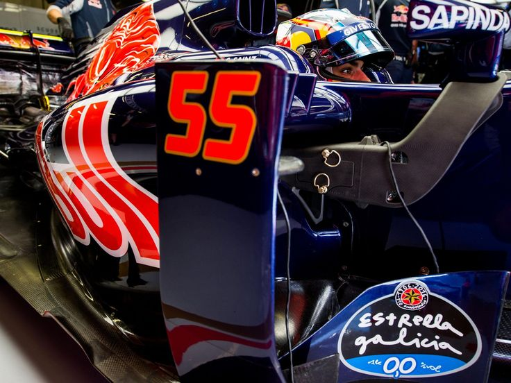 Daniil Kvyat, Carlos Sainz, track action, garage, team, pitlane... enjoy the best shots from our Formula 1 2016 Spanish Grand Prix. Full Gallery on win.gs/24QfMhr. Wallpaper download section on win.gs/1ZYW0NS. #F1 #tororosso #kvyat #sainz #redbull #SpanishGP