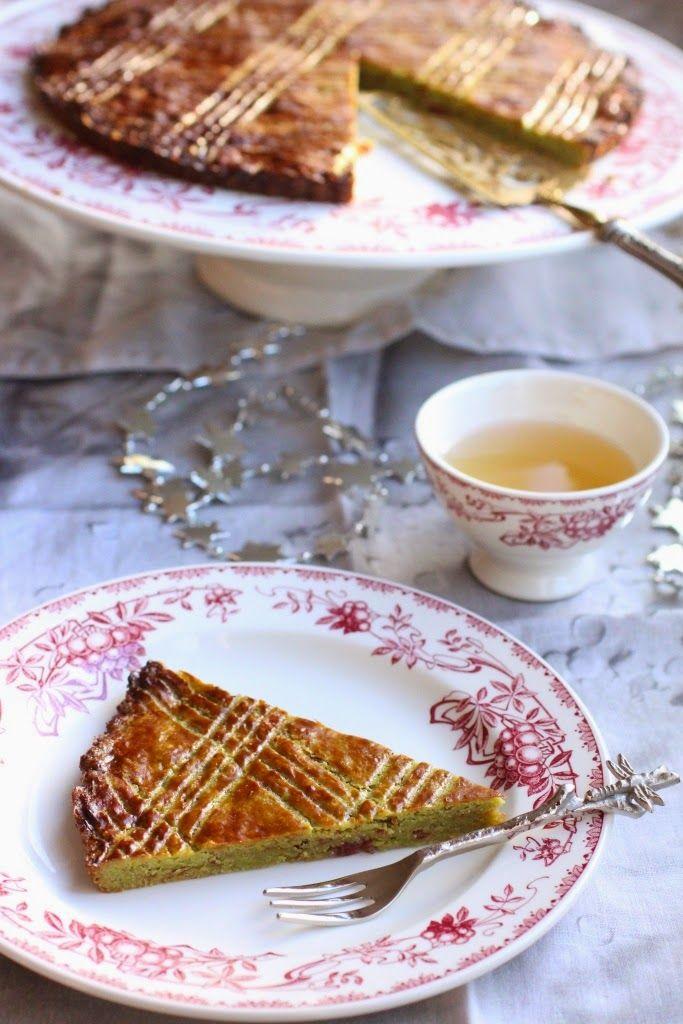 Galette des rois nippo-bretonne au thé matcha et cerises confites